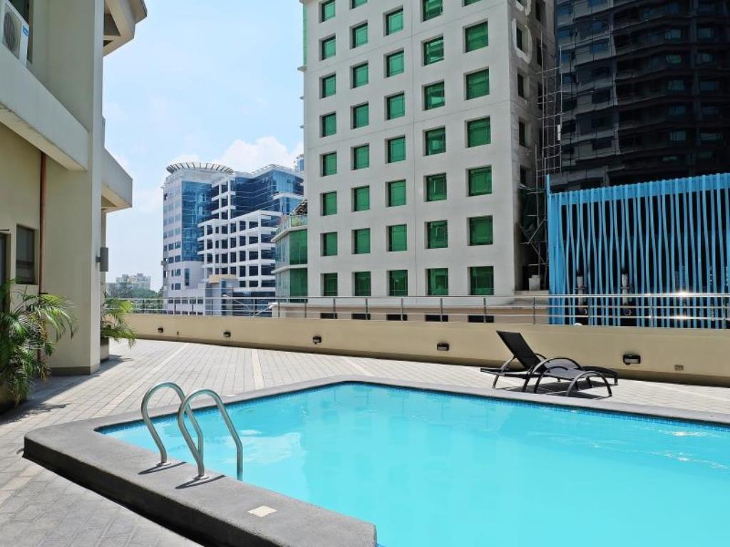 Mandarin plaza hotel metro cebu - Mandarin hotel cebu swimming pool ...
