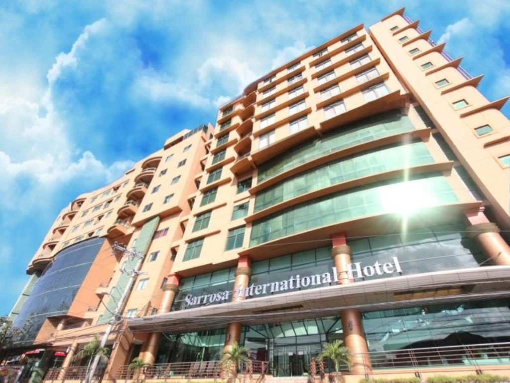 Sarrosa international hotel and residential suites metro for Hotel international
