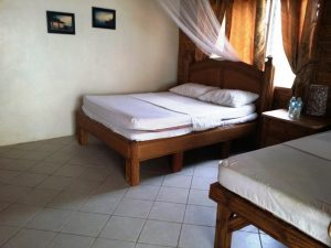 Purple Snapper Dive Resort Air Conditioning King Bed