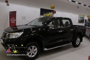 Nissan Navarra Black Pick-up 2018