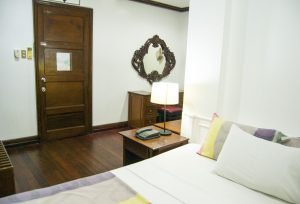 Malate Pensionne Deluxe Room