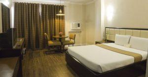Rothman Hotel Deluxe Double Room