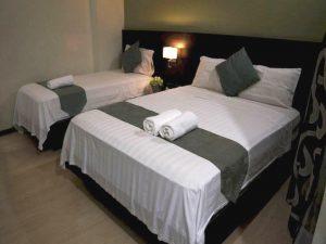 Lorenzzo-Suites-Hotel Deluxe Family