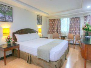 Fersal Hotel Neptune Makati Deluxe Queen Room