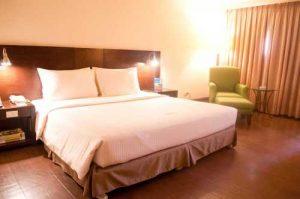 Pearl Garden Hotel Deluxe Room