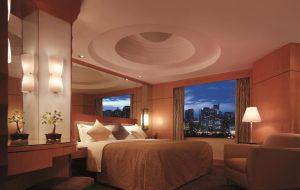 Makati Shangri-La Manila Hotel Deluxe Suite