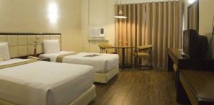 Rothman Hotel Deluxe Twin Room