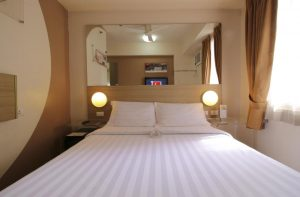 Red Planet Makati Double Room
