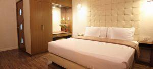 Rothman Hotel Executive King Room