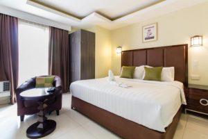 JJM Grand Suites Executive King Suite