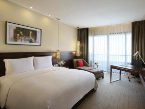 Sofitel Philippine Plaza Manila Hotel Luxury Club Sofitel 1 King Size Bed