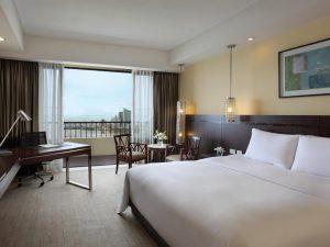 Sofitel Philippine Plaza Manila Hotel Luxury King Room