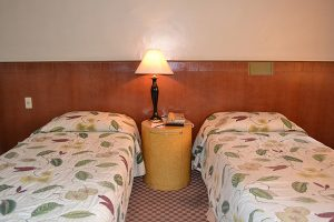 Pearl Manila Hotel SUPERIOR TWIN ROOM