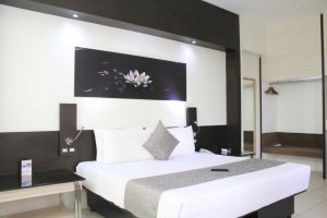 The Executive Plaza Hotel Superior Deluxe Double Room