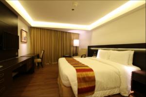 Century Park Hotel Manila Superior Double Room