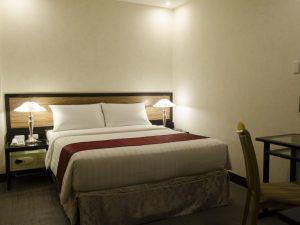 D Circle Hotel Superior Queen Room