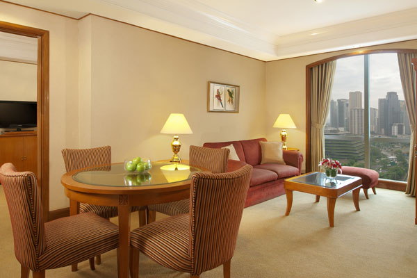 Richmonde hotel ortigas metro manila for Which hotels have 2 bedroom suites