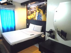 Eurotel Las Pinas Hotel Standard - Queen Bed