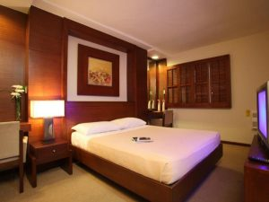 Amorsolo Mansion Hotel Two Bedroom Executive