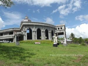 Ligao-city-monuments