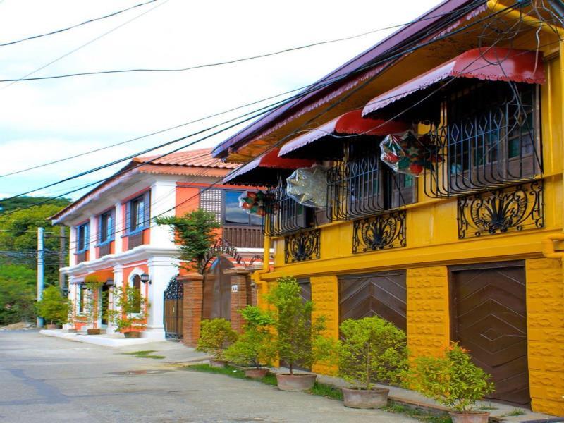 Casa Rica Hotel
